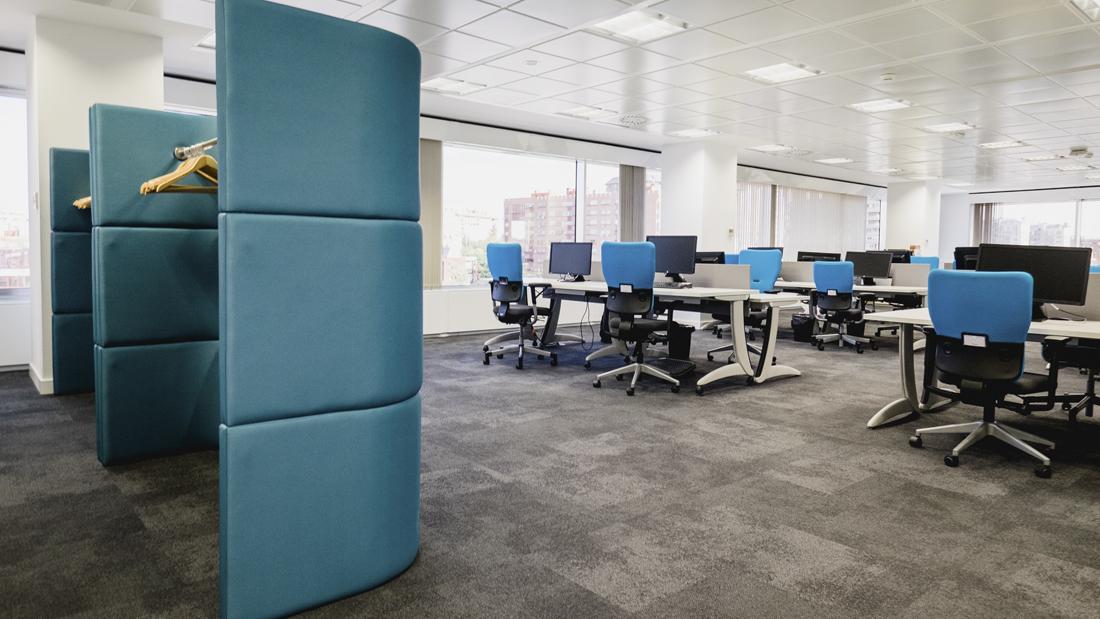 Areazero 2 0 mondelez garden iv oficinas for Diseno de oficinas