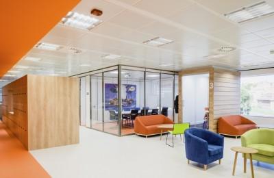 Diseño despacho naranja
